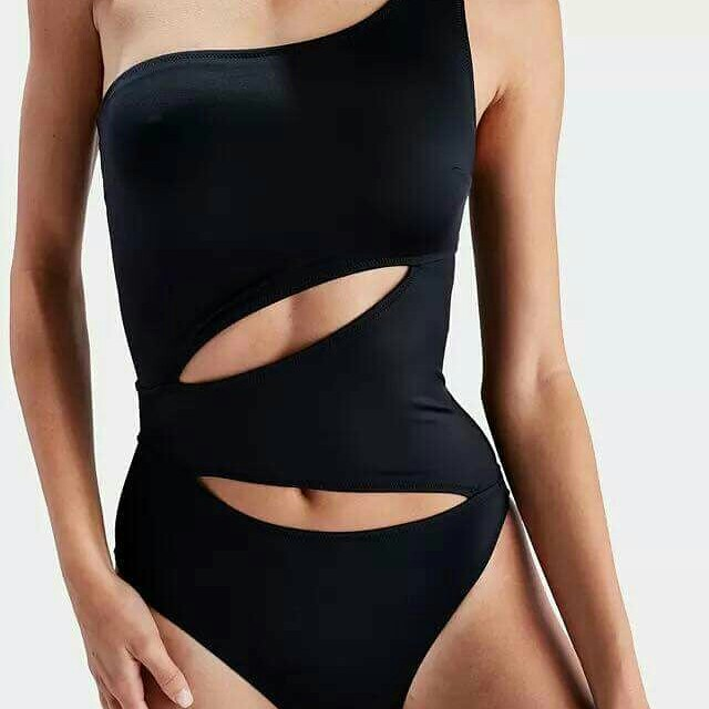 Fashion One Piece
