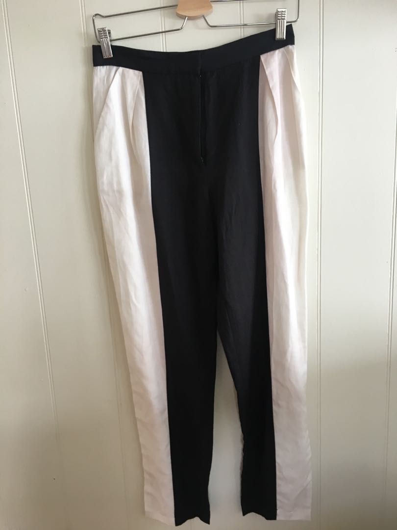 Finders Keepers Pants - Size M