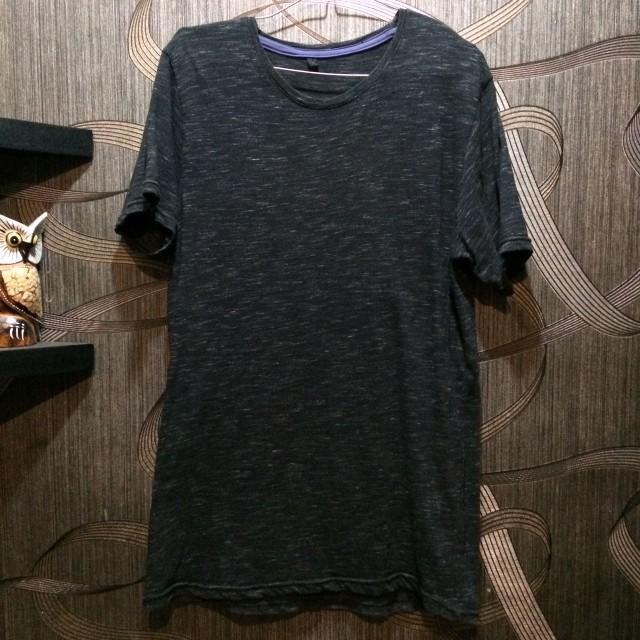 GAP Tshirt black marble