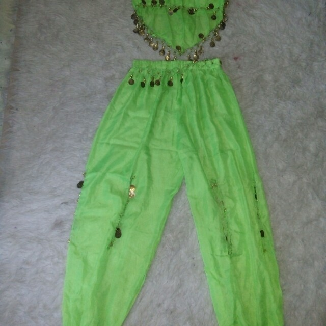 Girl costume 8-10 yrs old