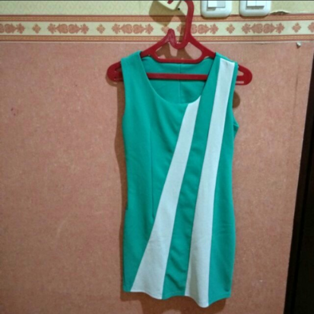 👗Tosca Green White Dress | Gaun Hijau Sepan