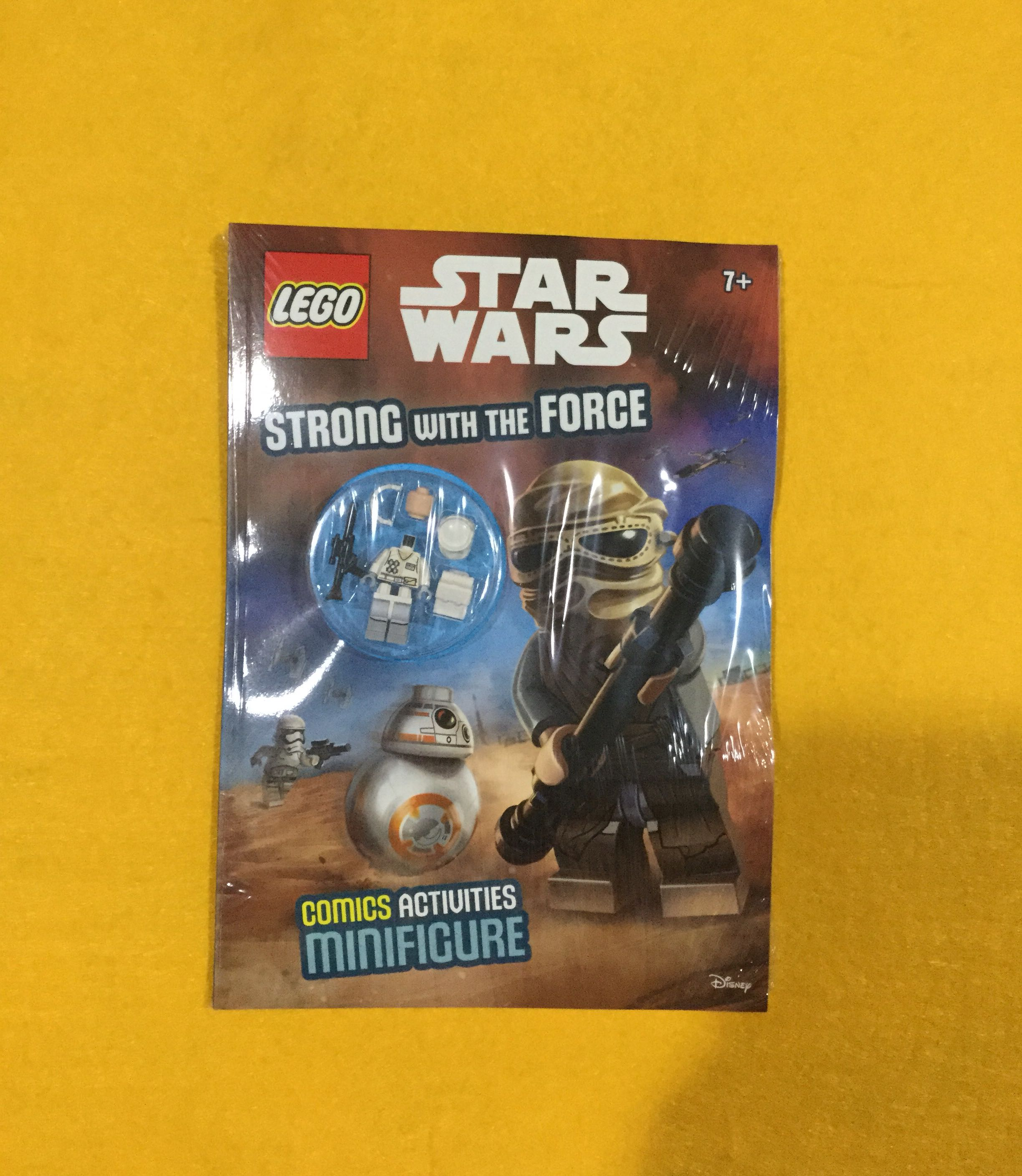 🆕Lego Star Wars: Strong with the Force (Activity Book with Minifigure) Paperback