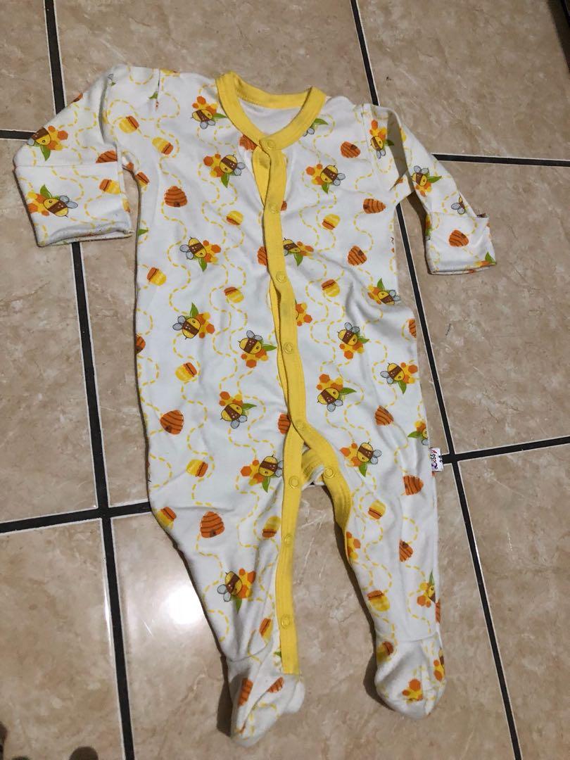 Libby Sleepsuit Bee