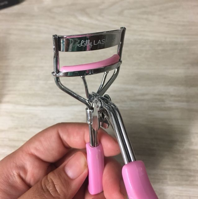 Lilly Lashes Eyelash Curler #Bajet20