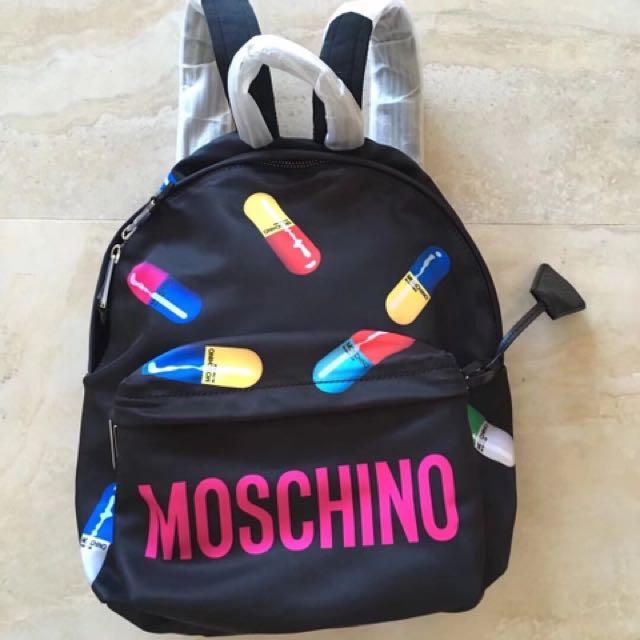 Moschino 全新尼龍後背包