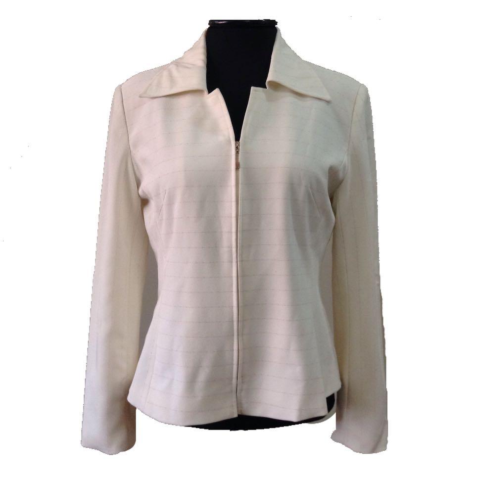 New:freeSF off white blazer