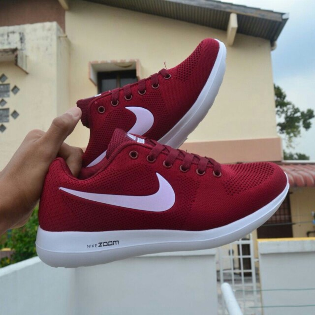 new style 54e39 09f85 Nike Zoom Pegasus Maroon, Men s Fashion, Footwear, Sneakers on Carousell