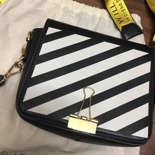 Off-White Binder Clip Bag