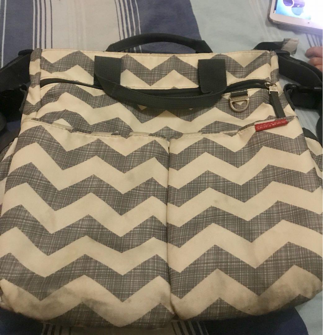 Original pre loved skiphop baby bag
