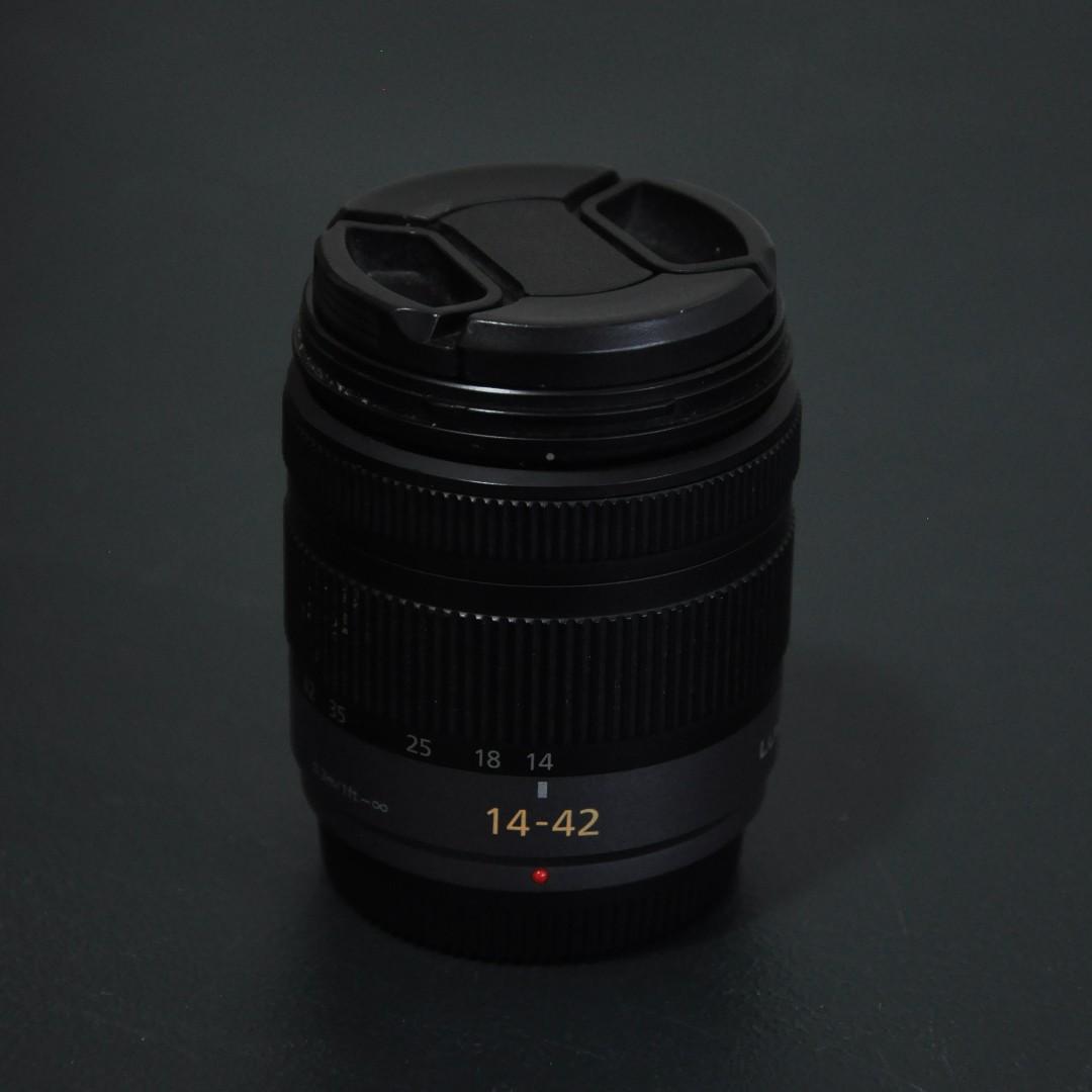 Panasonic Lumix GF-2 14-42mm Lens