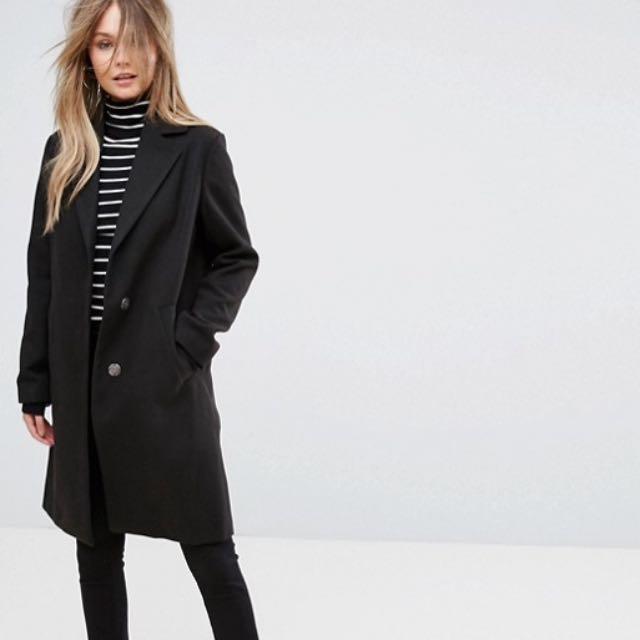 REDUCED Black slim coat