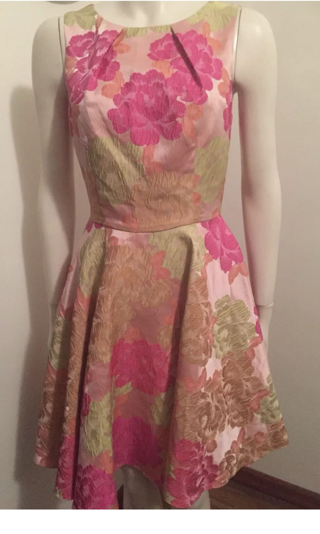 Review floral dress size 8
