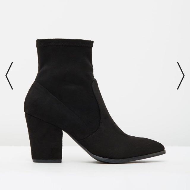 Spurr boots size 5