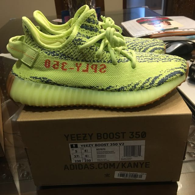 afd7fef68 STEAL)Adidas Yeezy Boost 350 V2 Semi Frozen Yellow US 5 UK 4.5 ...