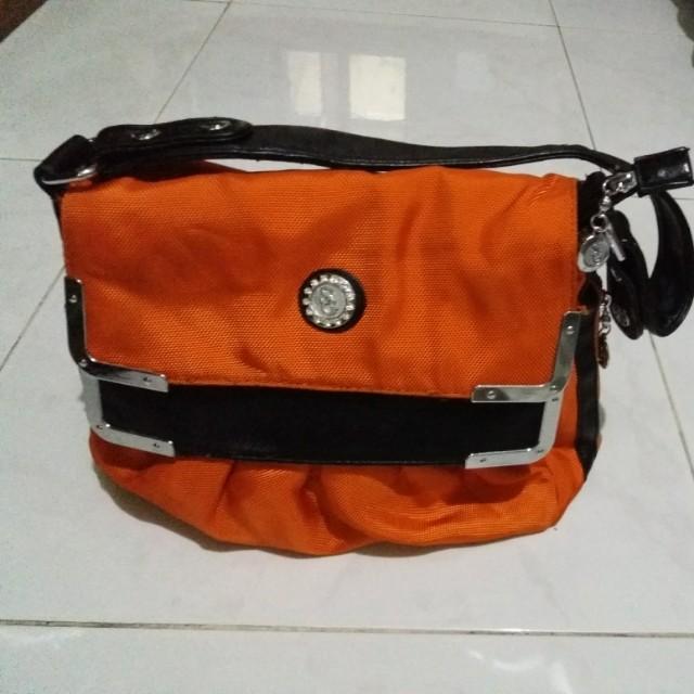 Tas orange