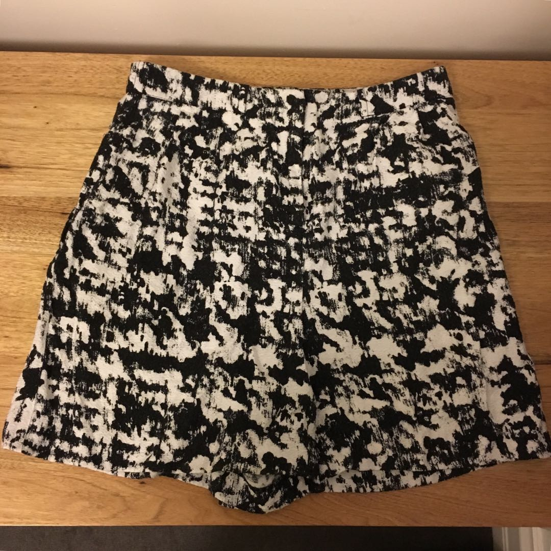 Warehouse Black and White high waisted shorts