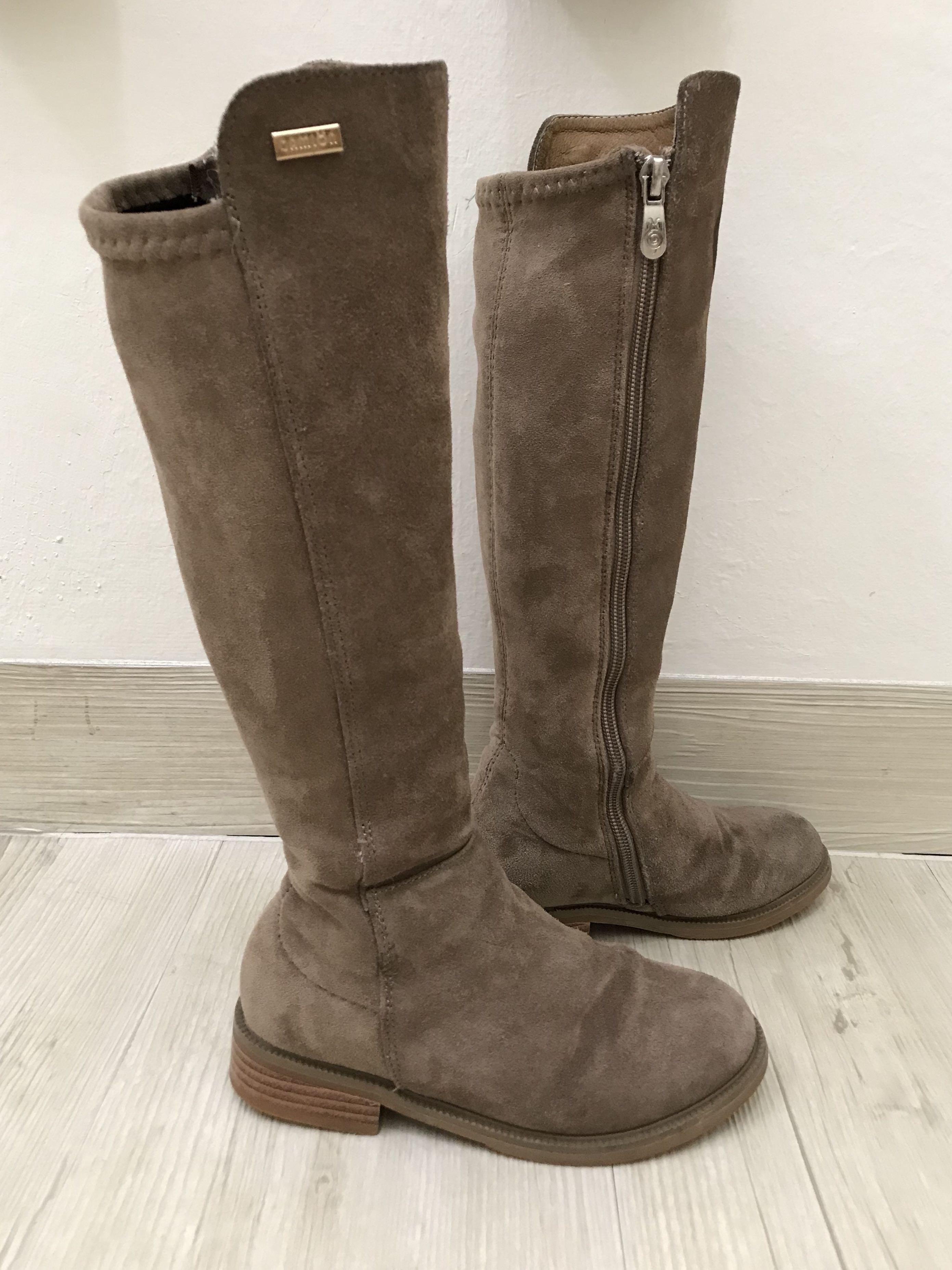 Wool girl boots