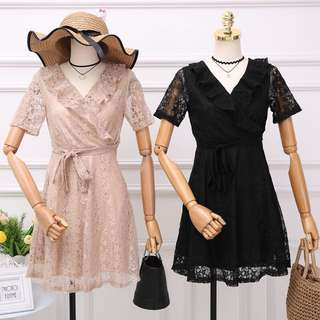 ✨星星⭐️蕾絲V領短裙👒lace dress