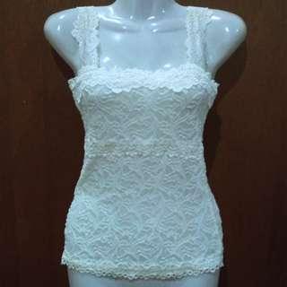 M006 - Osmose Creamy White Lace Top