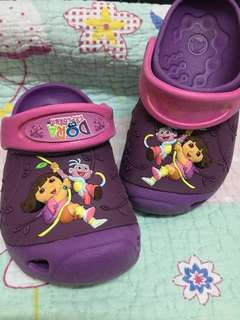 Crocs kids Dora the explorer