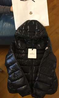 ‼️Hold‼️ Moncler Bady in black color (Women)