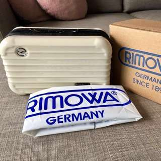 Authentic Rimowa First Class Amenity Kit Box / Travel Luggage Toiletry Pouch w Loccitane & The Body Shop Freebies
