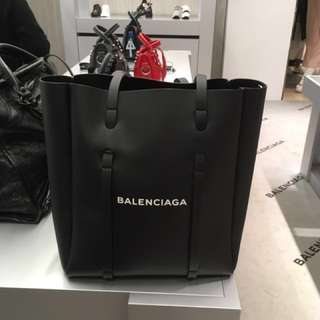 Balenciaga everyday tote bag 斜咩袋 巴黎世家