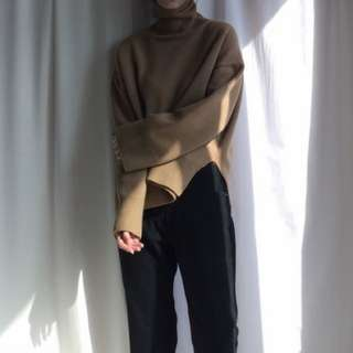 (二手!)高領開叉寬鬆針織毛衣