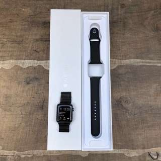 APPLE WATCH series 2 42mm space gray 極新 <未過apple care>