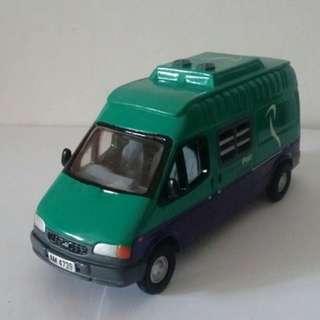 (全新全球限量2000套) 香港郵政車限量版1/43模型: 綠色特快專遞郵車 EMS Green Van