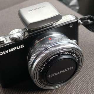 Olympus E-PL2 M.ZUIKO 14-42mm