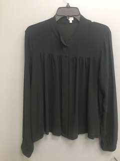 Aritzia's Wilfred silk blouse. Large\xl