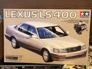 1:24 Lexus LS400