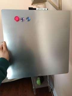 Stainless steel wipe board