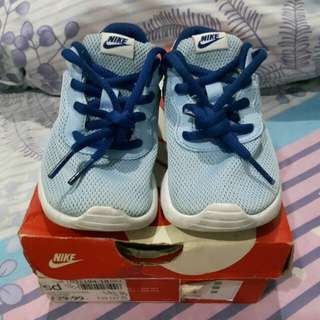 Nike Kids Shoes Preloved