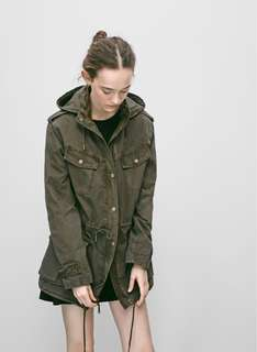 Aritzia Trooper Jacket in BLACK XXS