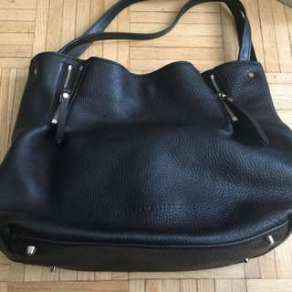 Burberry maidstone bag