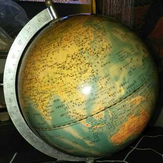 地球儀檯燈