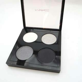 MAC Eyeshadow Quad - Melt my Heart Eyeshadow Palette