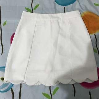 白色內搭褲半裙