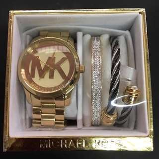 30 DAYS SALE!!! AUTHENTIC AND PAWNABLE MK WATCHES Set