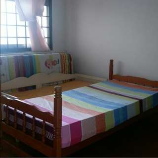 Spacious Common Room for Rent - Single or Sharing - Long or Short Term