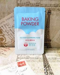 BAKING POWDER B.B. Deep Cleansing Foam