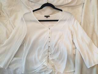 White wide sleeve Dynamite blouse