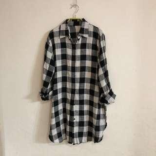 長版黑白格紋棉麻襯衫