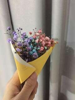Fresh mini baby breath flower bouquet