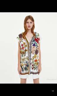 European and American V-neck rubber print dress