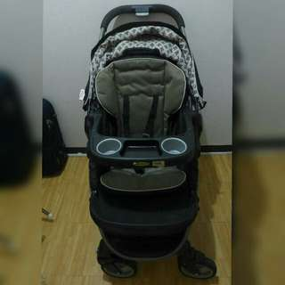 Graco stroller - click connect travel system
