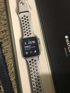 Apple Watch  series 3 42mm Nike +
