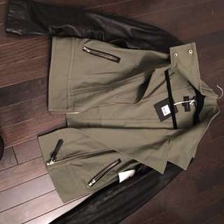 Medium Mackage Blk Leather & Army Grn Bomber